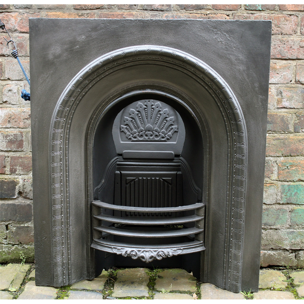 Small victorian reclaimed arched cast iron fire grate