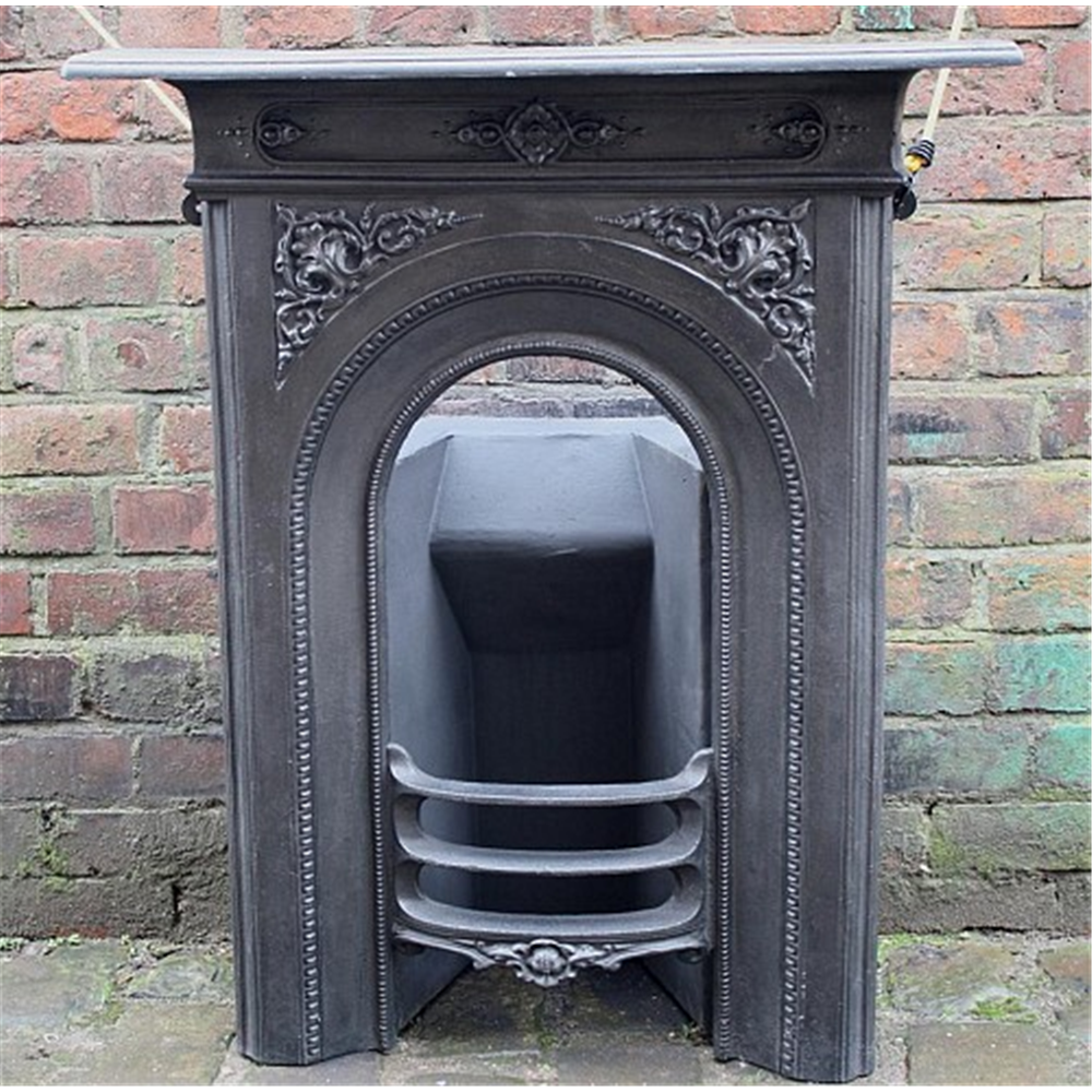 Late Victorian Combination Grate In Cast Iron Arched