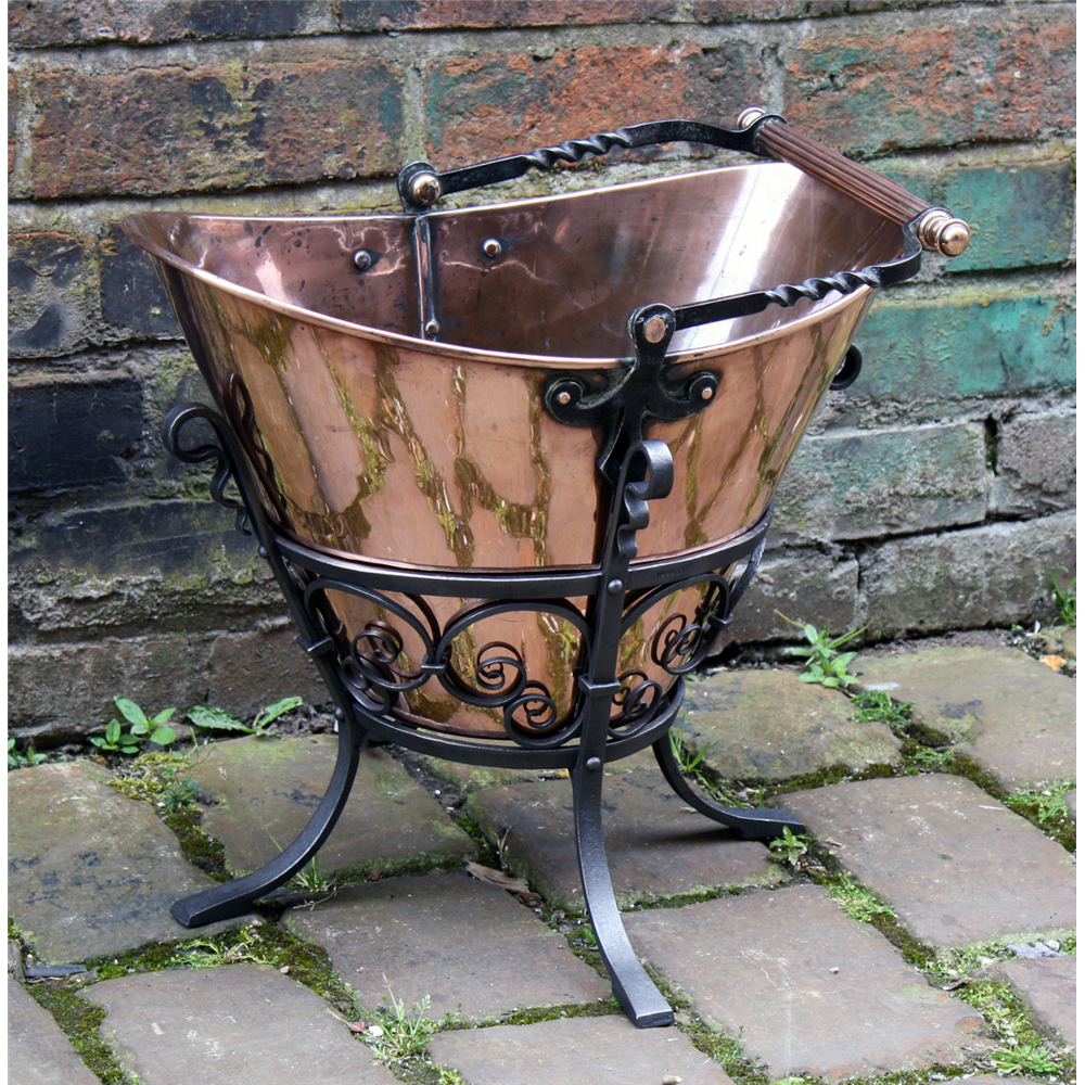 Edwardian Arts And Crafts Copper And Iron Coal Bucket