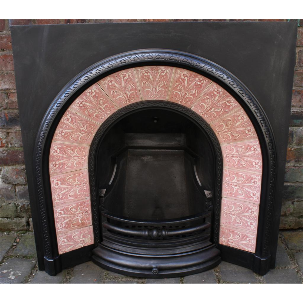 Antique Victorian Arched Tiled Grate In Cast Iron