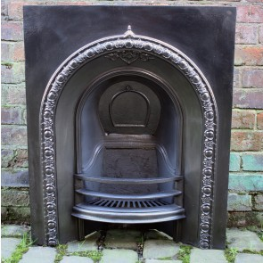 Victorian Arched Grate In Cast Iron Arch Insert
